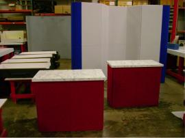 10' x 10' Intro 10-Panel Fabric Panel Display with Counters